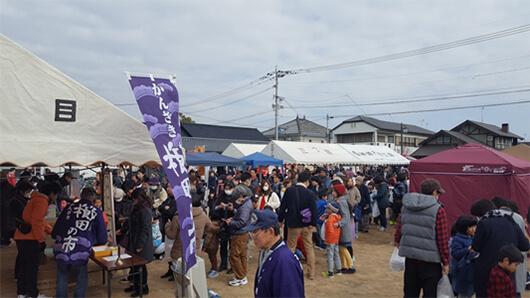 かんざき櫛田の市風景